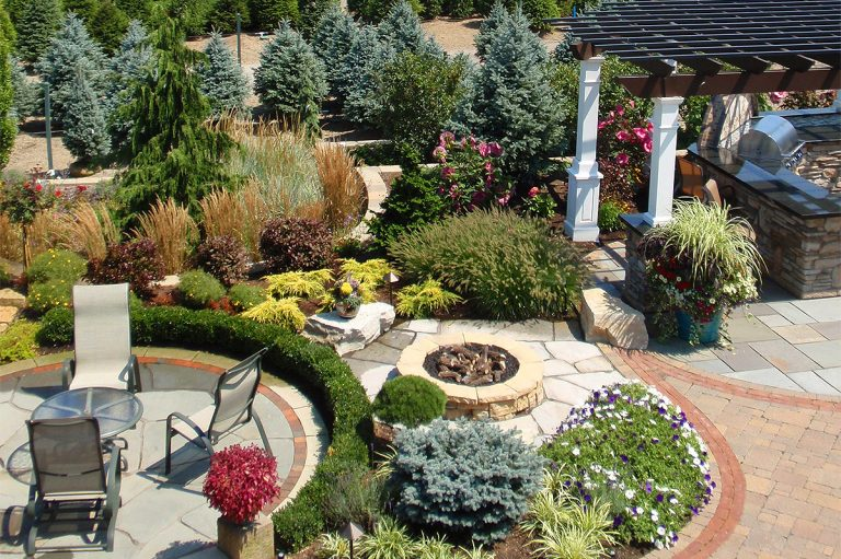landscape design and patio at Bremec of Chesterland