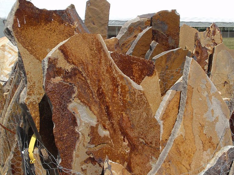large pieces of natural stone for selection